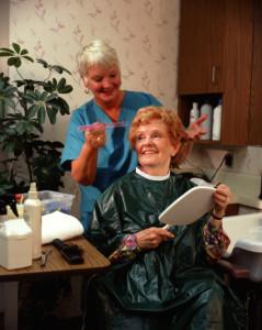עובד זר לסיוע לקשישים